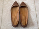 Jonak brown and gold flat pumps